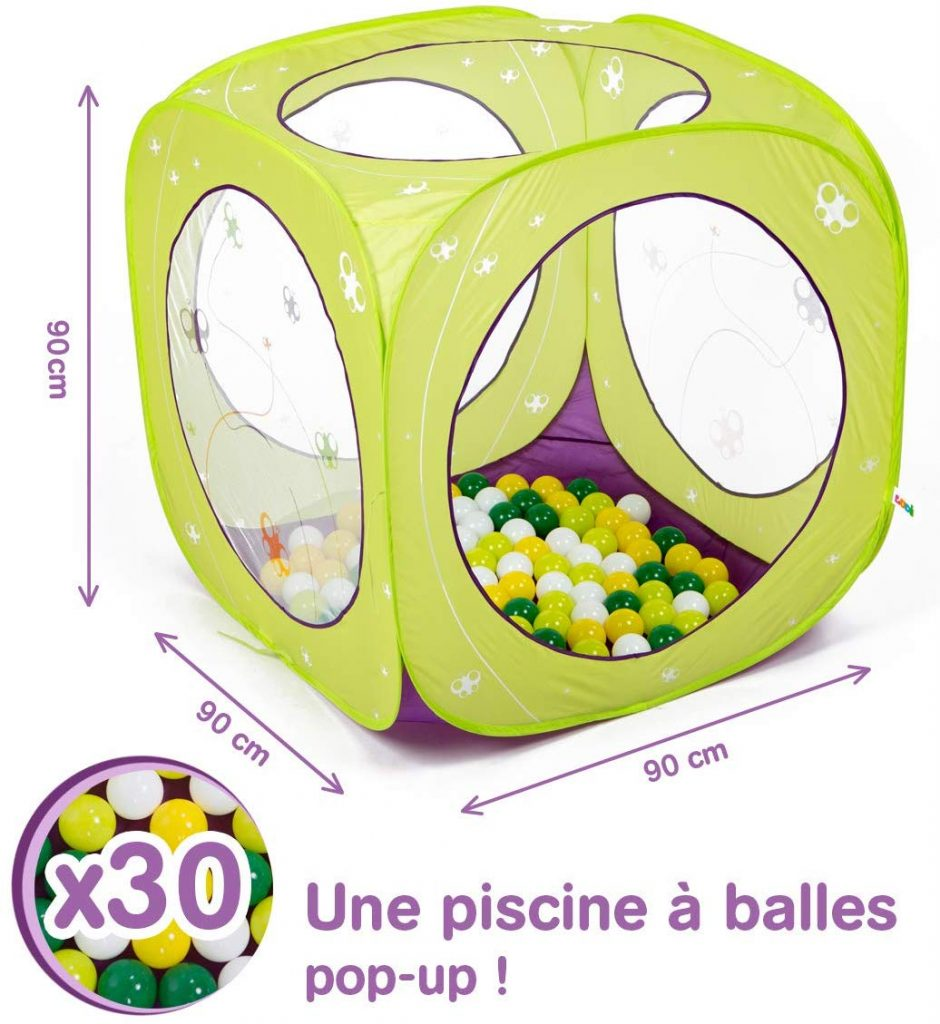 La piscine pop up se plie facilement.